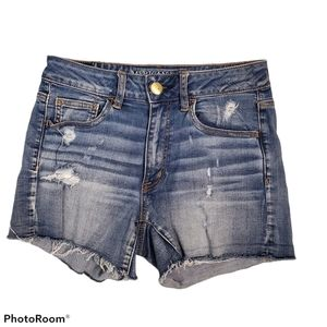 AEO Hi-Rise Shortie distressed jean shorts size 6